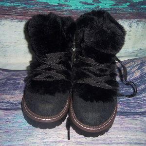 0f056f6f7e7 Tessie Faux Fur Hiker Boots 7.5 NWT